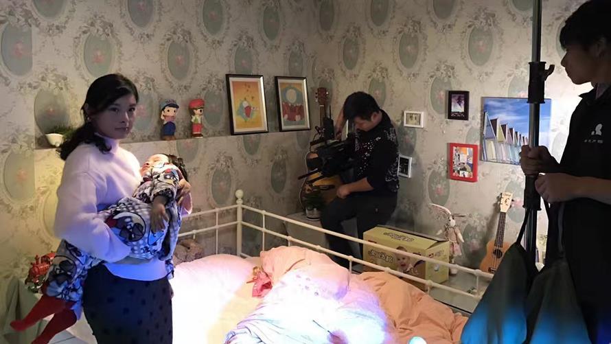 雀氏蓝丝带公益宣传片《以爱为伴》拍摄花絮04——安戈力影视.jpg