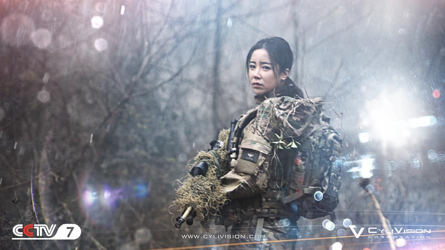 01_sniper_lynn_Cover (0-00-02-00).jpg